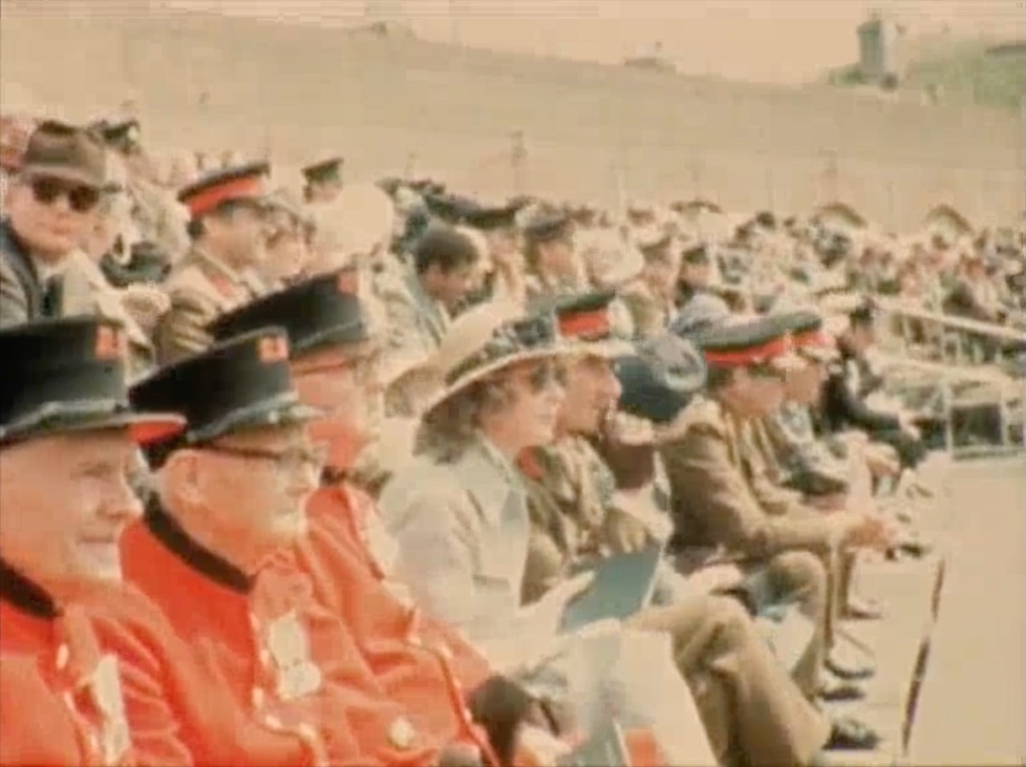 1975 Dover Tattoo in Fort Burgoyne -  audience